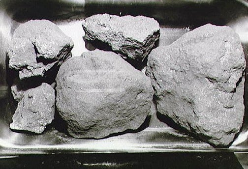 Your Lunar Oxygen Supply Will Come From Moon Rocks