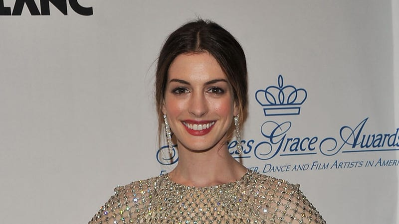 Uh Oh. Anne Hathaway Doesn't Sound So Good in Les Mis