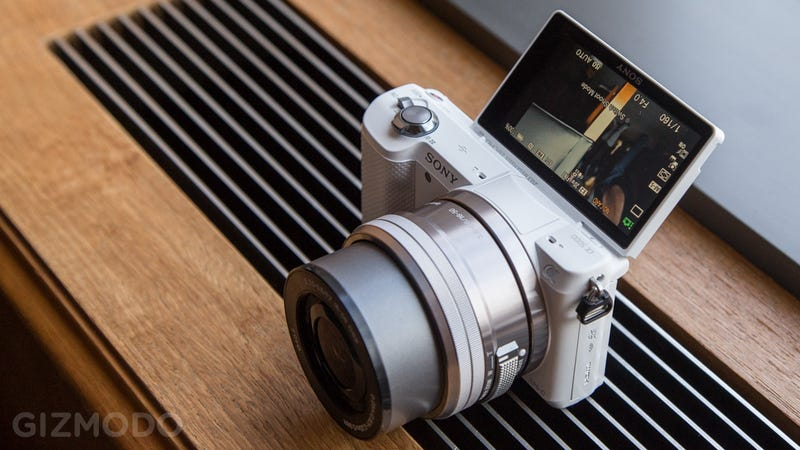 Sony A5000: Cheap, Super Tiny Mirrorless Camera Awesomeness