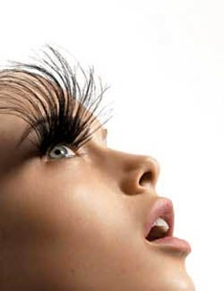 Eyelash Growing Drug Will Cure That Baldness Around Your Eyes
