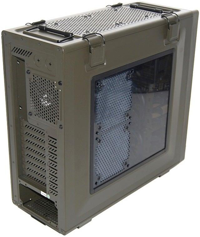Military PC Case Showdown: Corsair Vengeance C70 vs. Thermaltake Level 10 GT