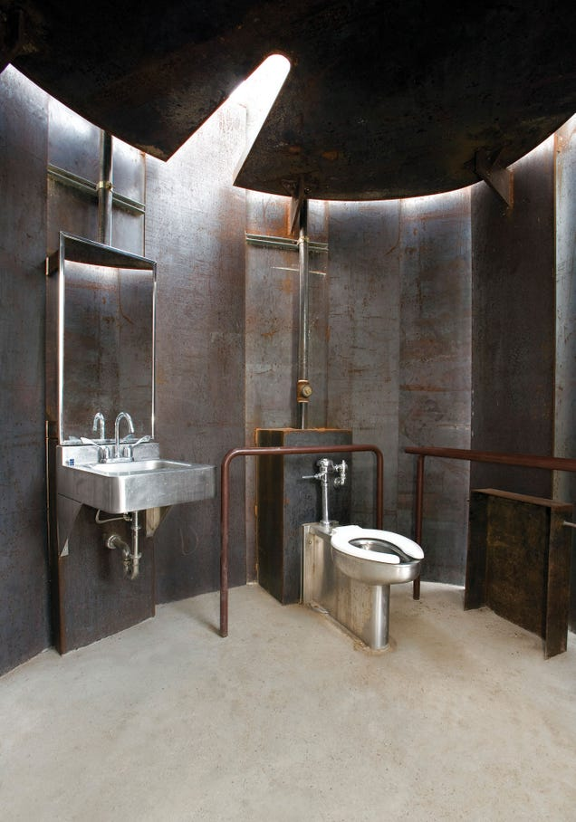 The best designed bathrooms in america for Best bathrooms in america