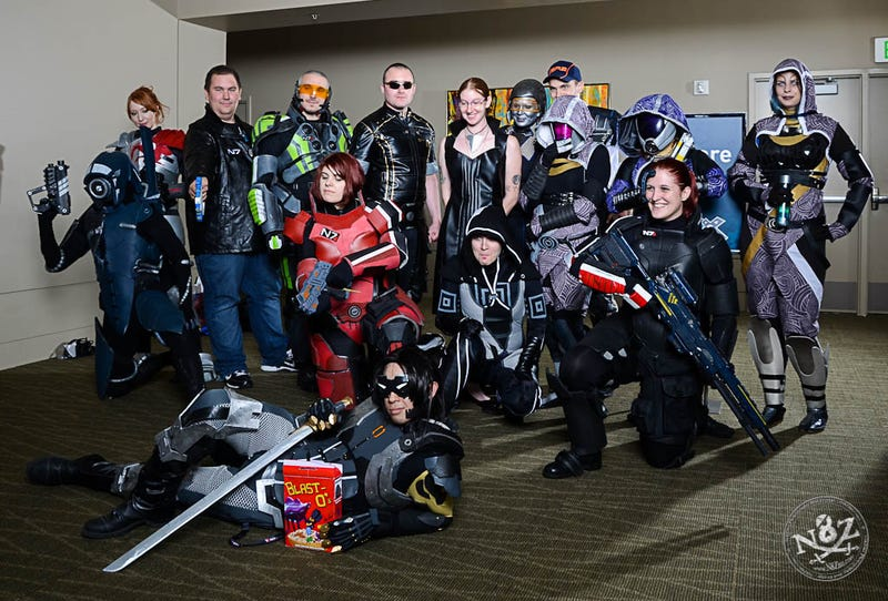 PAX Cosplayers Need To Know: How Many Commanders Shepard Does It Take To Bring Down Kai Leng?