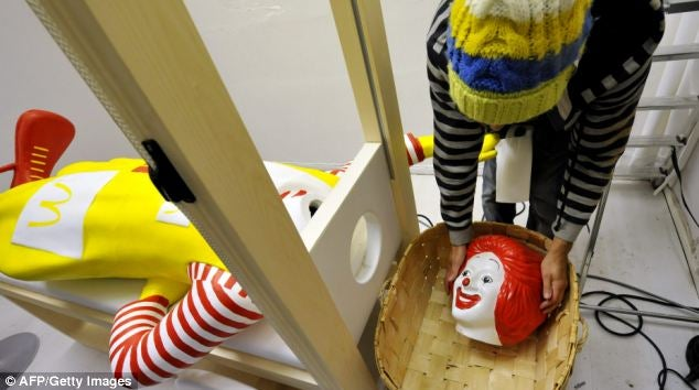 Kidnapping and Beheading a Ronald McDonald Statue Can Get You Arrested