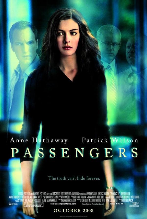 """Anne Hathaway """"Consoles"""" Plane Crash Survivor In Passengers"""