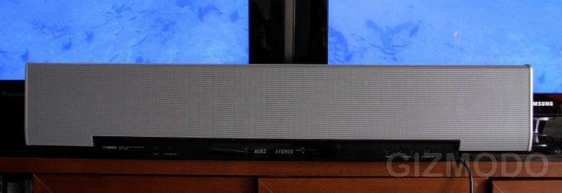 Ears-On Yamaha's Flagship YSP-4000 Surround Sound Bar (Verdict: Ultra-Discrete Sound Beams)