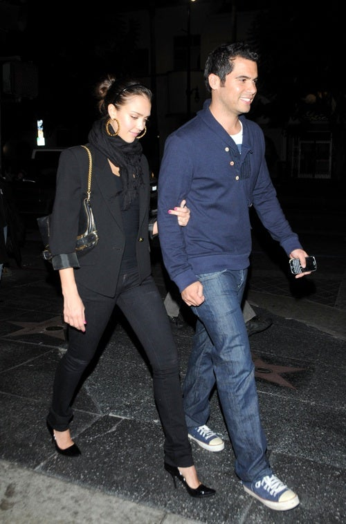 Jessica And Cash Take A Stroll On The Walk Of Fame