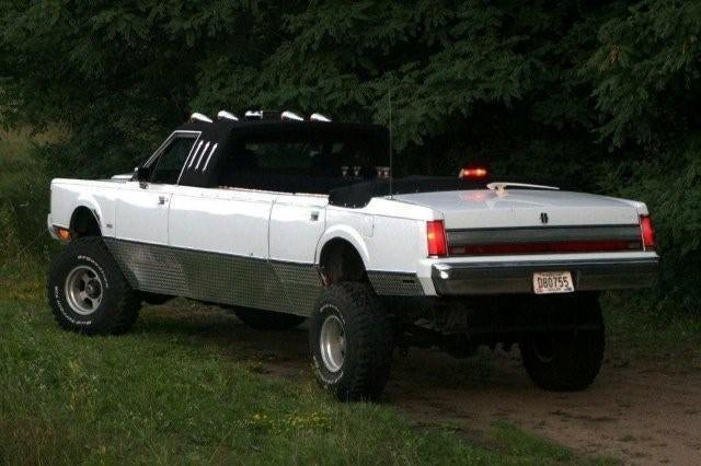 Lifted Convertible Lincoln Limochero Is As Bitchin' As It Sounds