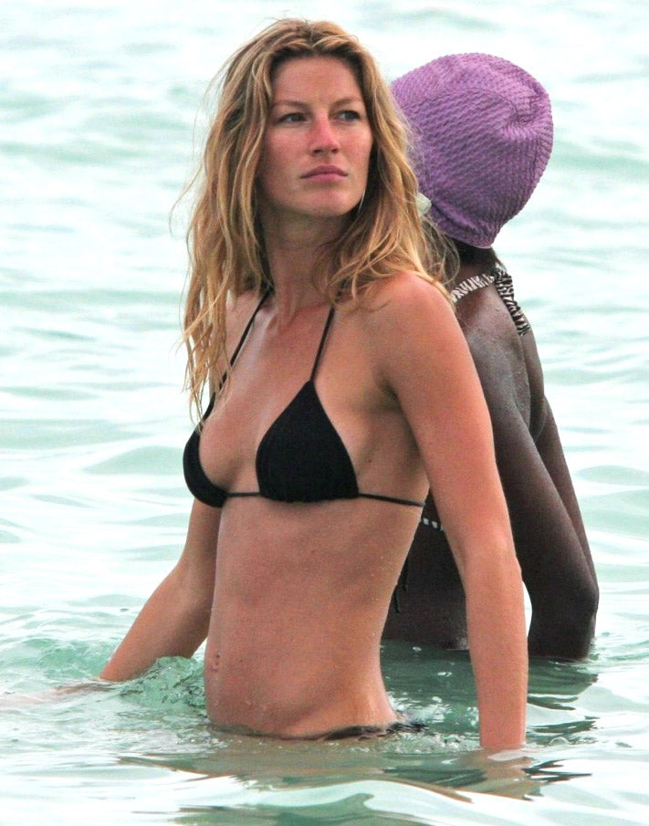 When Gisele Whispers 'Don't Leave' Into a Man's Ear, He Obeys