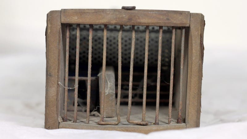 A Museum's 155-Year-Old Antique Mouse Trap Is Still Catching Rodents