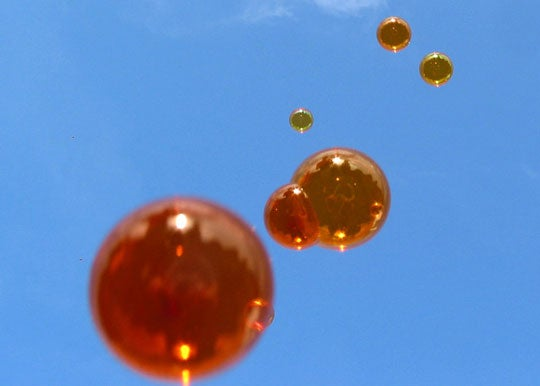 Zubbles Are World's First Stainless Colored Bubbles