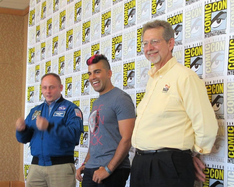 NASA Advocates for Mars Mission to a Packed Room at Comic-Con