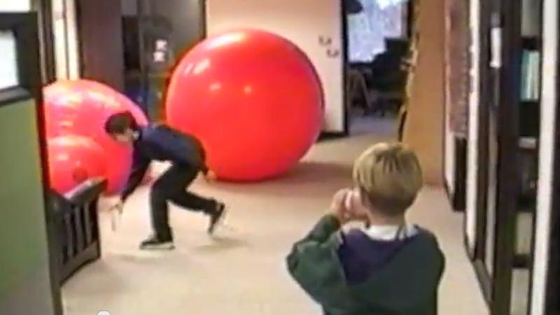 Wonderful Footage of an 11-Year-Old Touring the Google Office of 1999