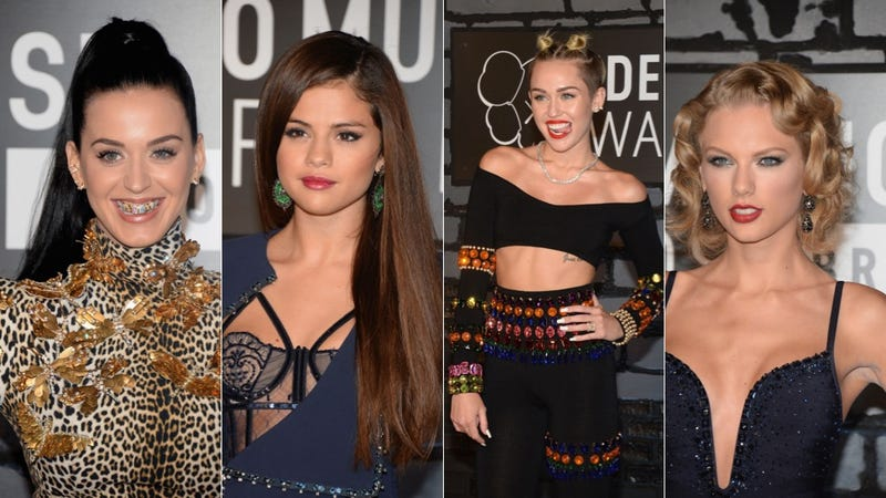 Celebs Were All Sparkles, Grills and Thighs on the VMAs Red Carpet