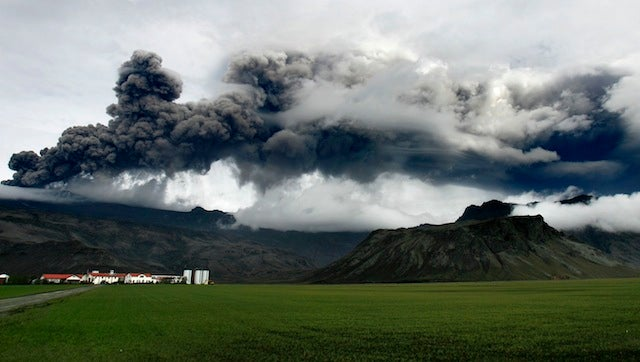 Penn State-Central Florida Game In Ireland Threatened By Volcano