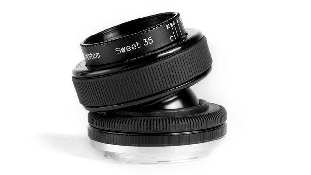 Take Stunning Tilt-Controlled Photos With the Lensbaby Composer Pro Lens
