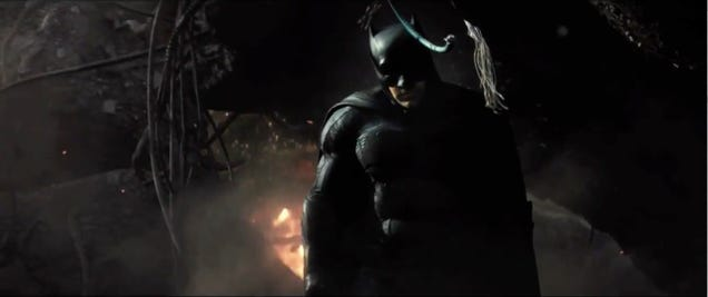Every Key Detail And Killer Moment From The Batman V. Superman Trailer