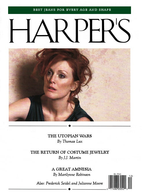"The Harper's (Bazaar) Index: Hillary Clinton's ""Sexless"" Style, Julianne Moore, & Orgasm-Inducing Luggage"