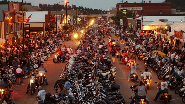 ​Sociopathic Family Holds Pool To Bet On Dead Bikers At Sturgis