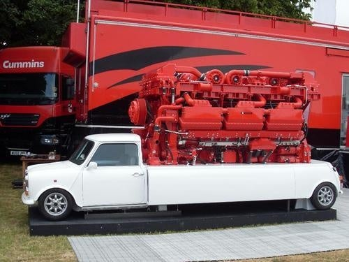 Mini Equipped With 11-Ton V18 Diesel Engine