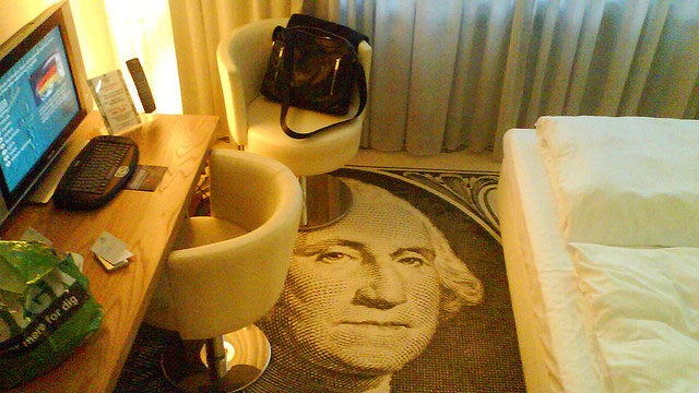 Avoid Outrageous Hotel Fees by Staying at a Business-Oriented Hotel
