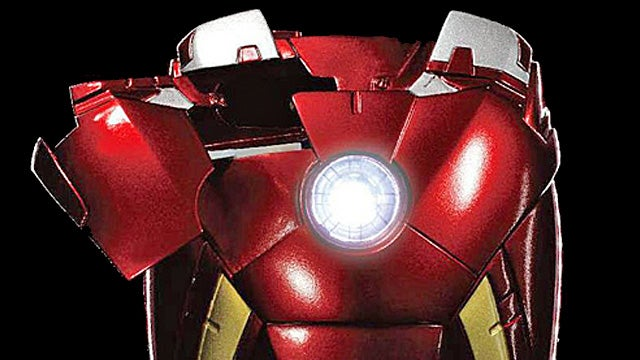 With This Iron Man Mark VII Case Your iPhone Can Join The Avengers