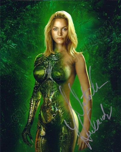 Lifeforce, Species and other sexy naked alien movies [NSFW]