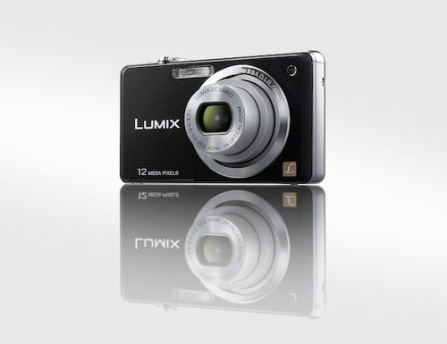 Panasonic's Lumix DMC-FH20, FH3 and FH1 Cameras Are Slim 28mm Wide-Angles