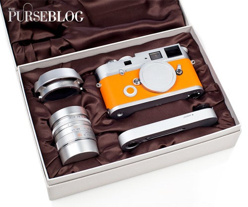 Leica M7 Hermès Camera Gets Fondled In Lavish Hands-On Unboxing