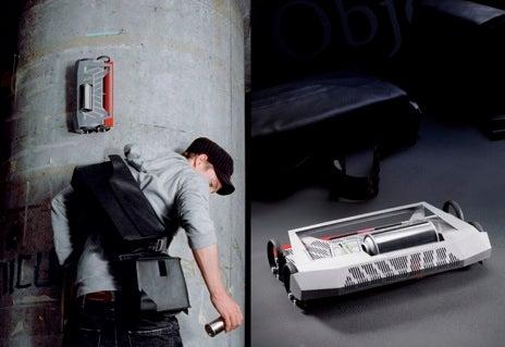 """Couleur Sur l'Object"" Graffiti Robot Turns Vandalism All-Electronic"