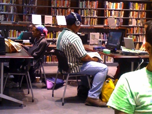 Guy Busted for Stealing WiFi at NYC Library — to Play Halo