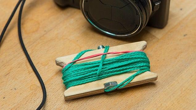 DIY Pocket-Sized Tripod Takes Blur-Free Photographs