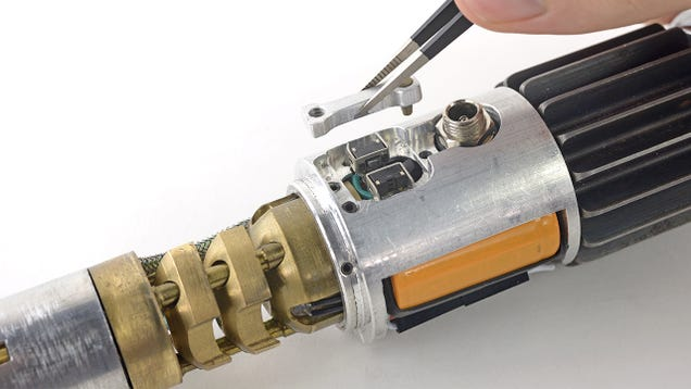 iFixit Tears Down the One Gadget We All Really Want: a Lightsaber