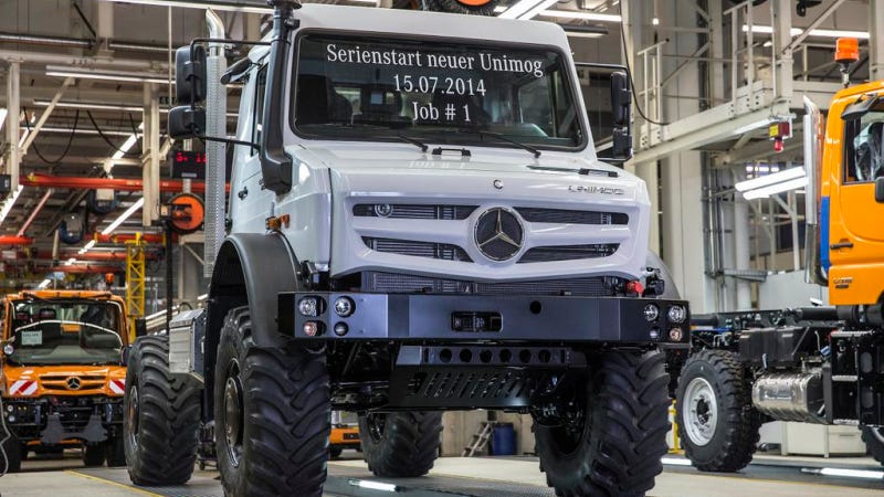 First New-Generation Mercedes Unimog Looks Ready To Roll Off A Spaceship