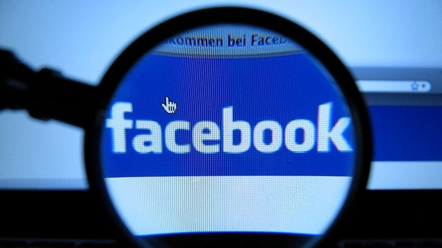 Judge Orders Divorcing Couple to Share Facebook Passwords