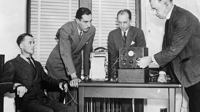 How the Creator of Wonder Woman Also Invented the Lie Detector