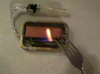 Turn a Lighter and Altoids Tin into a Miniature Grill