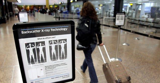Demuestran lo fácil que es ocultar armas en escáneres de aeropuertos Okp0wdf769inc2yikdcz