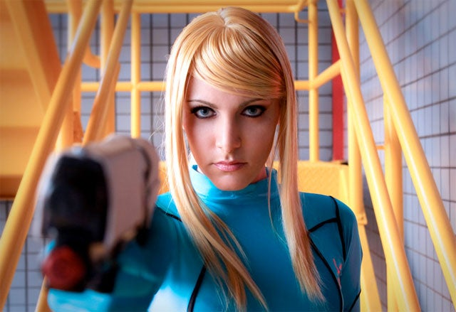 World's Greatest Samus Cosplayer Goes For Zero
