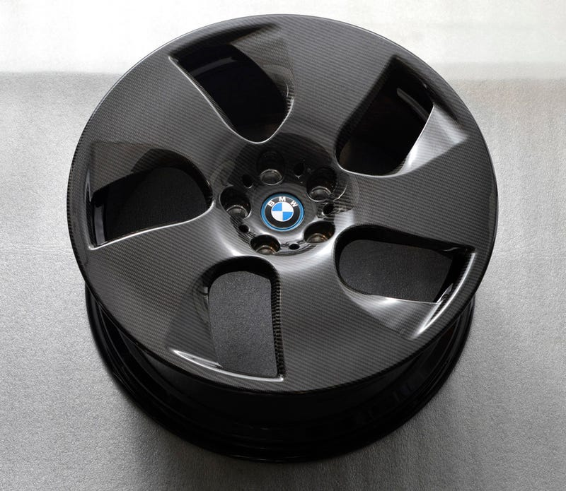 FINALLY! BMW reveals CF i8 wheels they announced 5 months ago