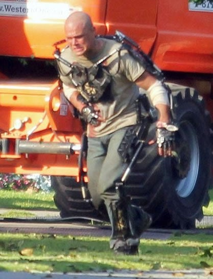 First Photos of Matt Damon as a Cyborg on the Edge in Neill Blomkamp's Elysium