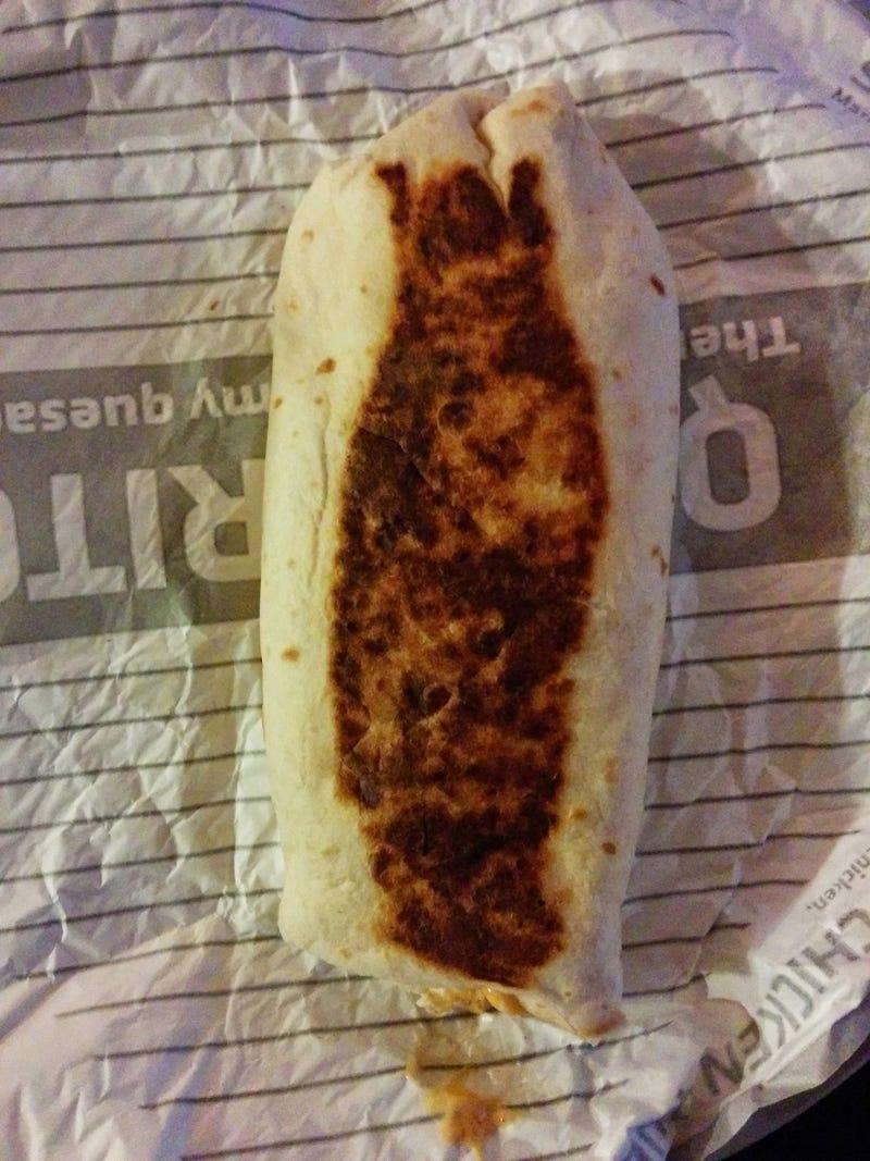 SnackTAYku: Taco Bell's Quesarito (beef) is quesalicious.