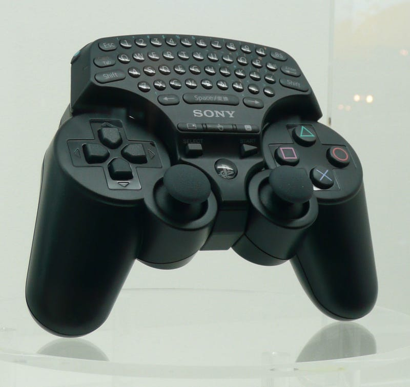 An Intimate Evening With The PS3 Chatpad, Headset