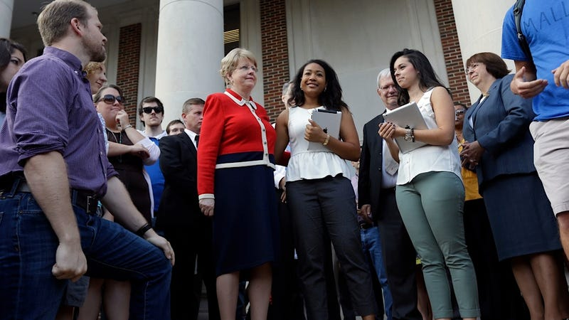 University of Alabama: 11 of 72 Sorority Bids Went to Black Students