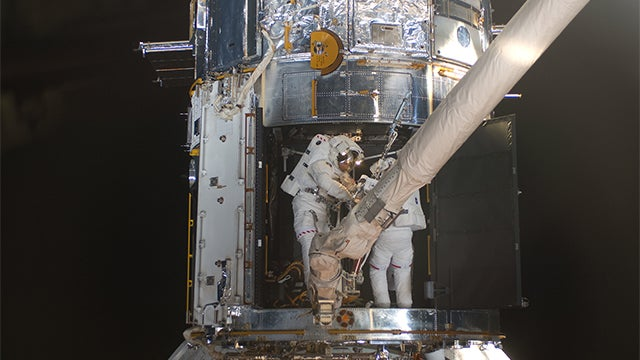 Hubble Repair Mission More Risky than You Would Ever Imagine
