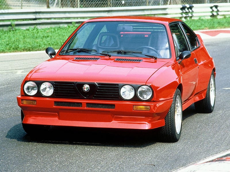 Alfa Romeo Almost Built This Mid-Engined Group B Amazemachine
