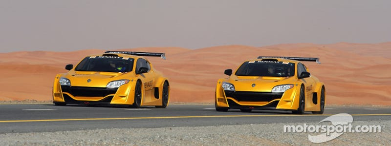 Renault R28 Formula One Cars Do Battle On Dubai Highway