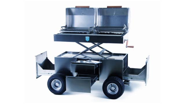 An F1 Racing Barbecue Grill for No Reason Other Than Being Amazing