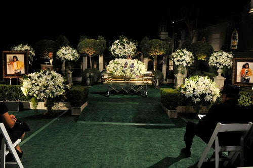 Michael Jackson Burial Solemn, But Still a Spectacle