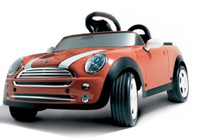 Jalopnik Holiday Gift Guide: Battery Powered Mini Convertible